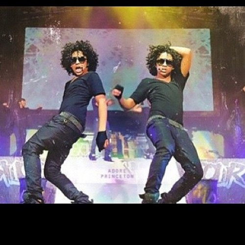 Prince Has A Twin?!?!? xD LOL