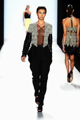 Project patakbuhan Season 10 Finale Collections: Dmitry Sholokhov.