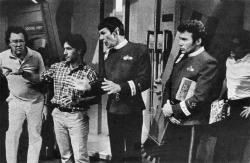 bintang Trek The Original Series kertas dinding probably with a bandsman, a street, tongam resimen, and tongam resimen, regimentals entitled Rare foto-foto
