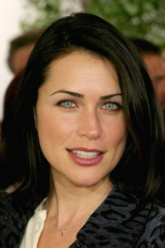Rena Sofer / queen Eva