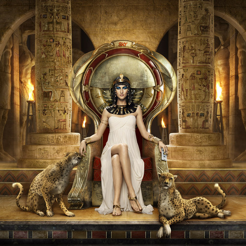 SKY 2012 Egypt - Gisele as Cleopatra
