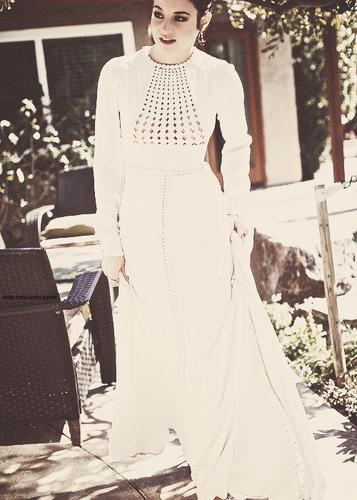 Shailene Woodley wolpeyper entitled Shai♥