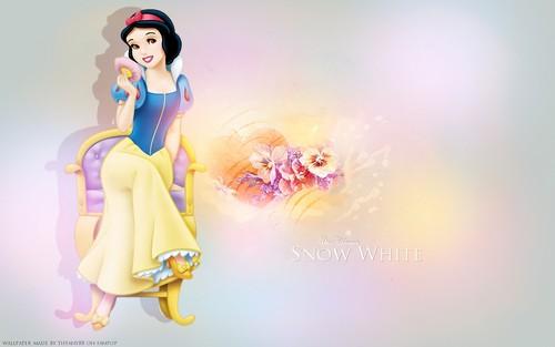 Snow White ~ ♥