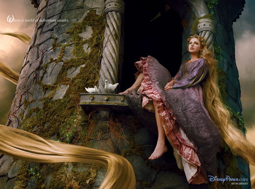 Taylor veloce, swift Stuns As Rapunzel in New Disney Ad