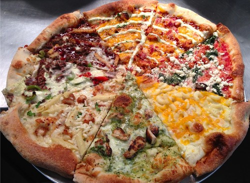 pizza achtergrond containing a sausage pizza, a pepperoni pizza, and a pizza entitled The Half & Half Pizza!