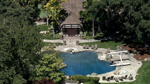 The Swimming Pool At Neverland Ranch