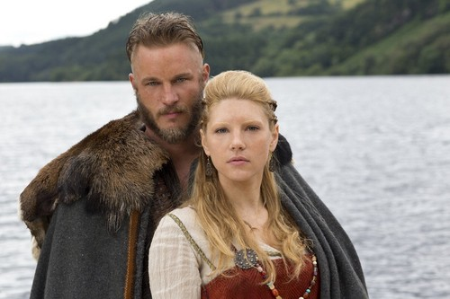 Vikings History channel 2013 Travis Fimmel & Katheryn Winnick