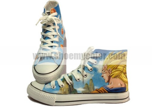 Wonderful Dragon Ball Son 悟空 Super Saiyan sneakers!