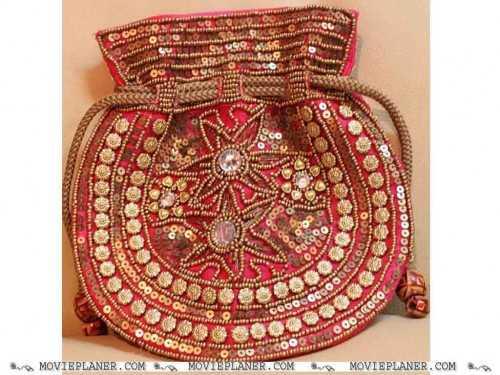 Handbags wallpaper entitled hand bags