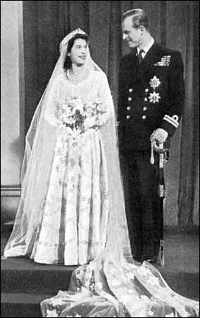 ratu elizabeth ii wallpaper entitled queen elizabeth ii wedding