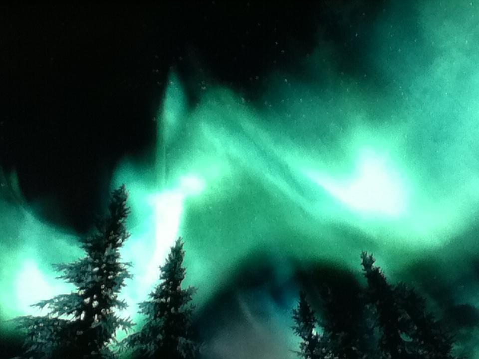 **•Beautiful Skyrim Tundra Lights!•**