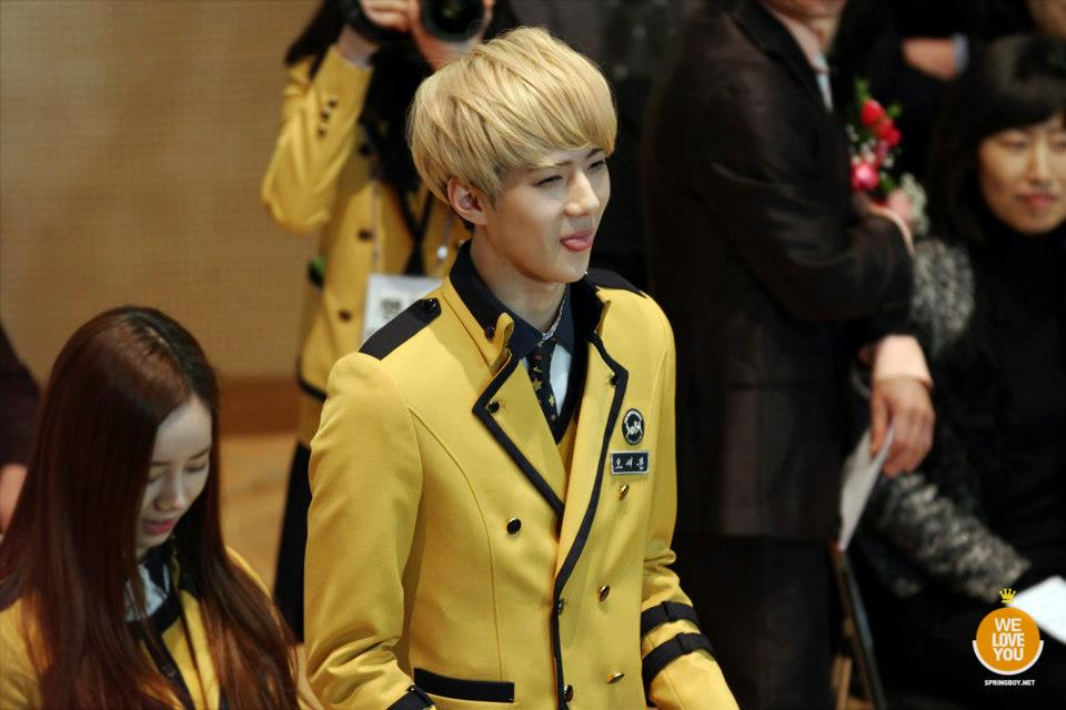 Exo M Images Exo Sehuns Graduation Ceremony Hd Wallpaper And