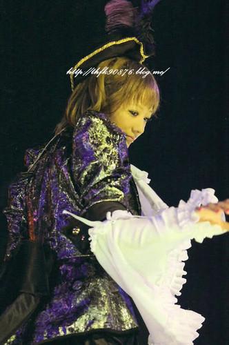 [SCANS] Chiaki's Buzz Communication Tour Photobook