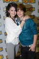 jelena cute pics  - justin-bieber-and-selena-gomez photo