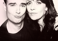 AT with Sancturia's Robin Dunne - amanda-tapping photo