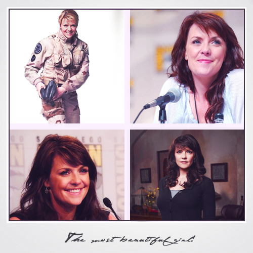 Amanda Tapping achtergrond with a portrait titled Amanda Tapping
