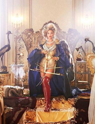 New Beyoncé pic leaks