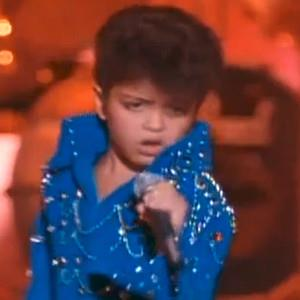 Bruno Mars at 6 years imitating Elvis Presley