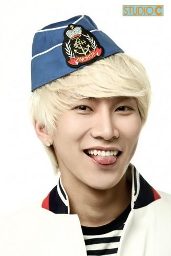 BtoB leader Eunkwang