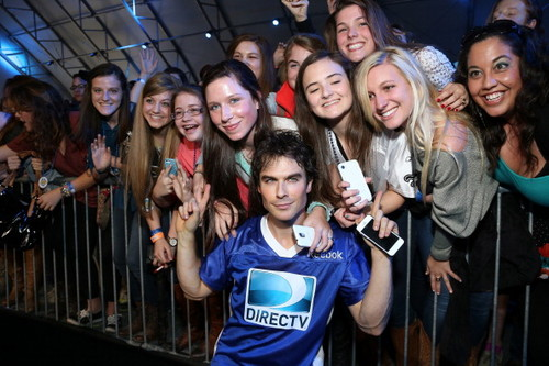Ian Somerhalder wallpaper entitled Celebrity Beach Bowl 2013