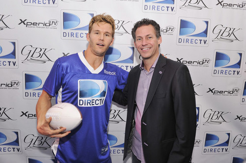 DIRECTV'S Seventh Annual Celebrity spiaggia Bowl - Gift Lounge