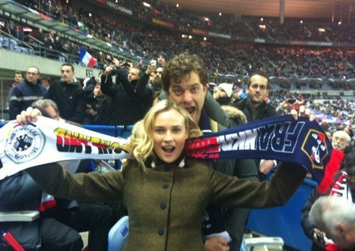 Joshua Jackson wallpaper titled Diane Kruger and Joshua Jackson cheering for Germany
