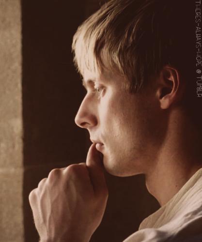 Favourite Arthur Pensive Face