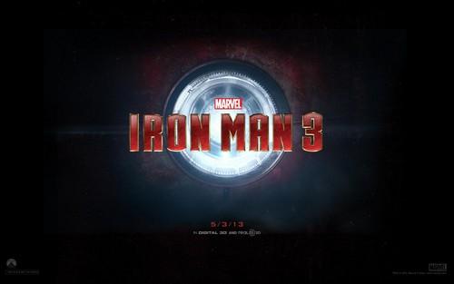 Iron Man 3 kertas dinding