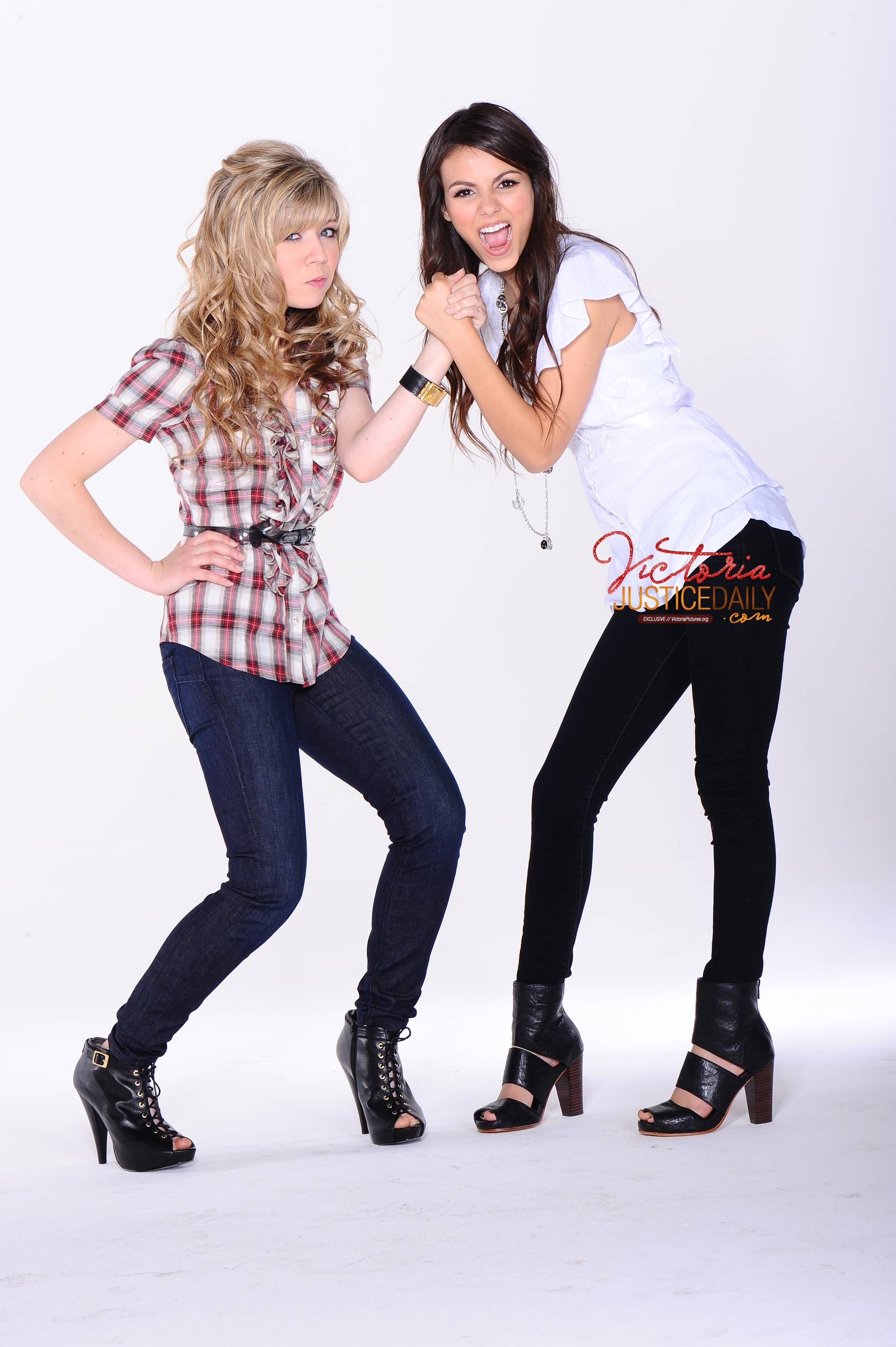 Jennette McCurdy Jennette McCurdy & Victoria Justice