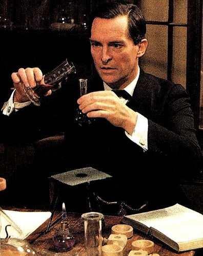 Sherlock Holmes hình nền containing a business suit entitled Jeremy Brett