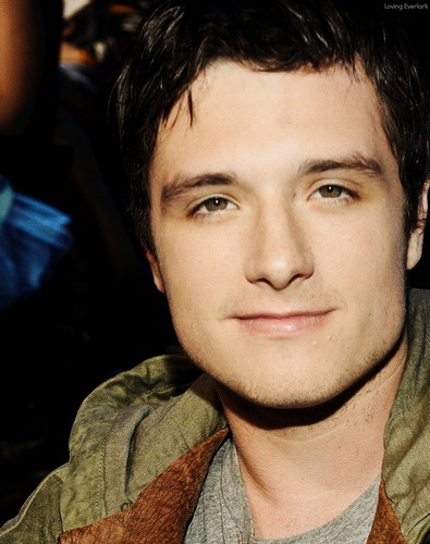 Josh Hutcherson wallpaper probably with a portrait entitled Josh