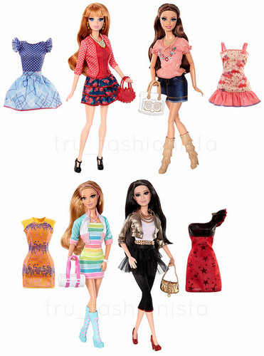 LITD دوستوں Core Assortment Dolls