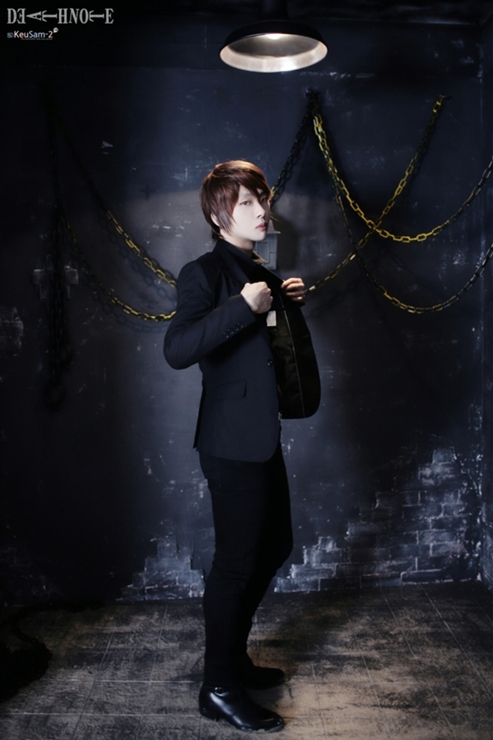 Light Cosplay - Light Yagami Photo (33577678) - Fanpop