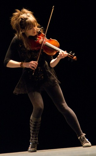 Lindsey Stirling wallpaper containing a violist and a cello titled Lindsey