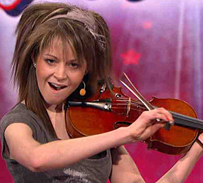 Lindsey Stirling 壁纸 with a 小提琴手, 暴力, 中提琴手 and a cello called Lindsey