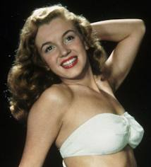 Marilyn Monroe wallpaper with attractiveness and skin entitled Marylin