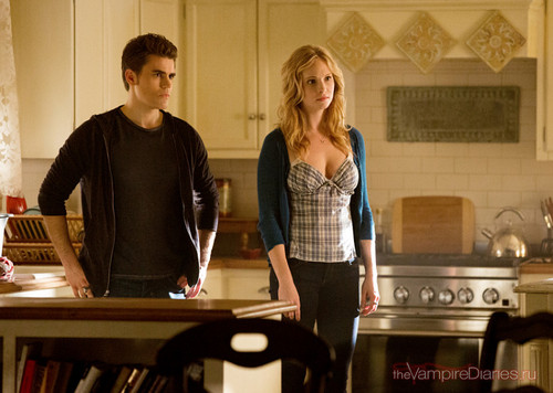 "New TVD promotional stills - 4x15: ""Stand door Me""."