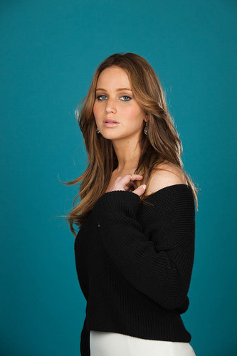 """New outtakes of Jennifer for """"Backstage"""" magazine [February 2013]"""