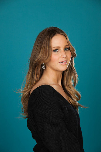 "New outtakes of Jennifer for ""Backstage"" magazine [February 2013]"