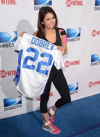 Nina DIRECTV Celebrity spiaggia Bowl
