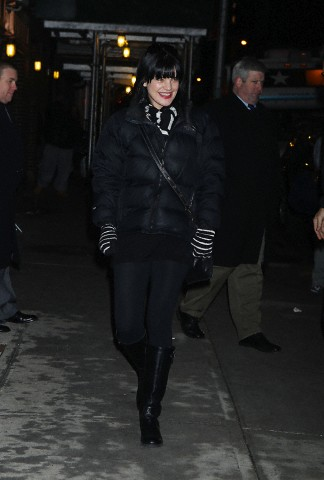 Pauley Perrette Arriving @ Late mostrar With David Letterman - 04/02/2013