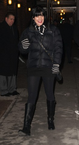 Pauley Perrette Arriving @ Late mostra With David Letterman - 04/02/2013