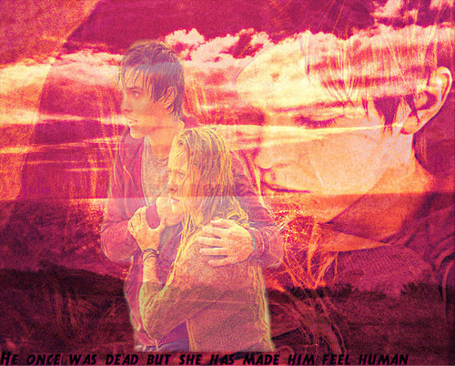 Warm Bodies Movie Обои probably containing a sign, a fountain, and a огонь entitled R & Julie