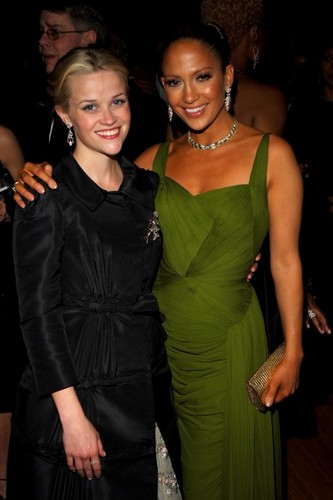 Reese Witherspoon & Jennifer Lopez - 2006