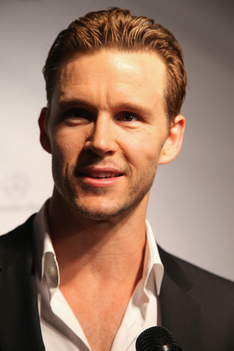True Blood's Ryan Kwanten attends Celebrity pantai Bowl and GQ Party