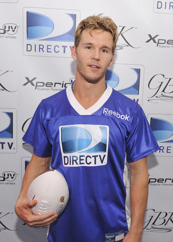 True Blood's Ryan Kwanten attends Celebrity spiaggia Bowl and GQ Party