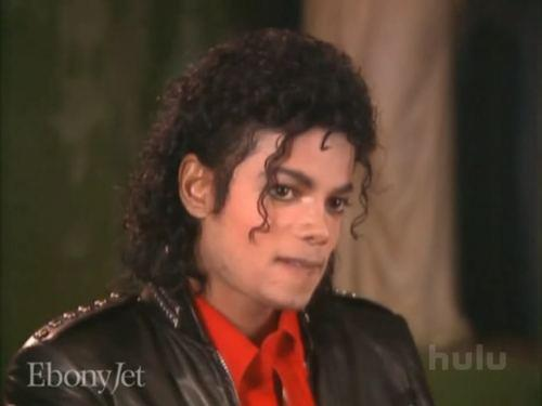 YUMMY, SEXY, BAD ERA, MICHAEL!! :P <3