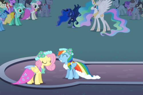 dance ponys!