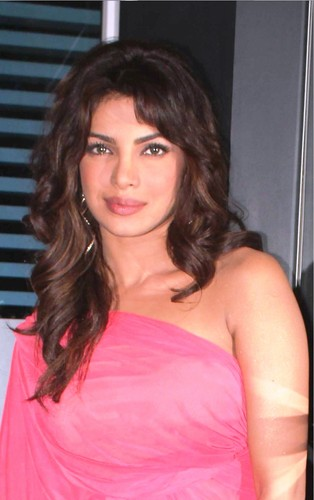 priyanka chopra at indian idol