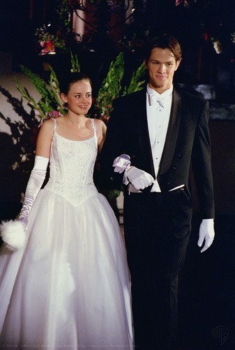 jared padalecki wallpaper probably with a bridesmaid, a bridal gown, and a gaun titled ''Gilmore Girls''